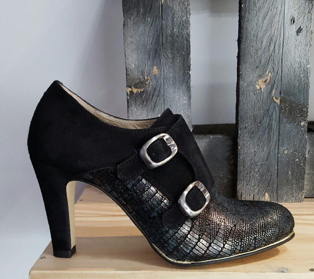 Quelles chaussures porter quand on a de grands pieds ?