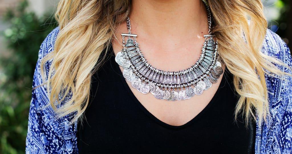 Les bijoux ethniques: des accessoires de mode originaux